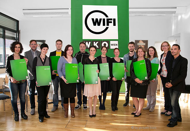 Absolventen des WIFI-Lehrgangs Ausbildung zum diplomierten Kulturmanager